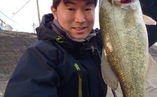 県内小規模河川にてブラックバスの釣果!!南宮崎店